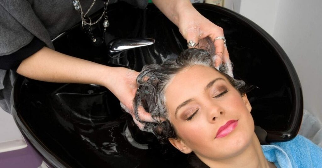 Ways to Get Hair Dye off Your Hands