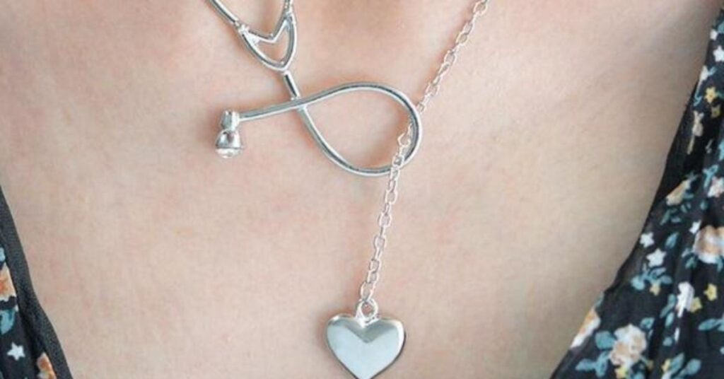 How Do You Style a Heart Necklace?